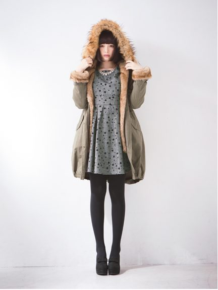 アースミュージックの通販で宮崎あおいCM着用モッズコート等がキャンペーン価格で登場!急げ!