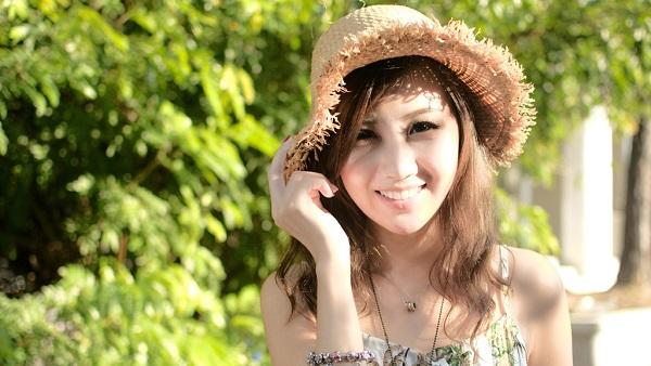 シルキーカバーオイルブロックの本音の口コミ!神崎恵が化粧下地やメイクに欠かせないろブログで紹介!